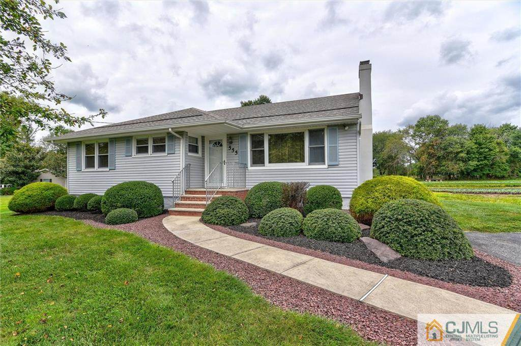 555 Tennent Road - Photo 1
