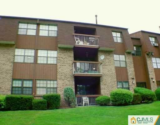 224B Sierra Court #2242, Woodbridge Proper, NJ 07095 (#2012192) :: Nexthome Force Realty Partners