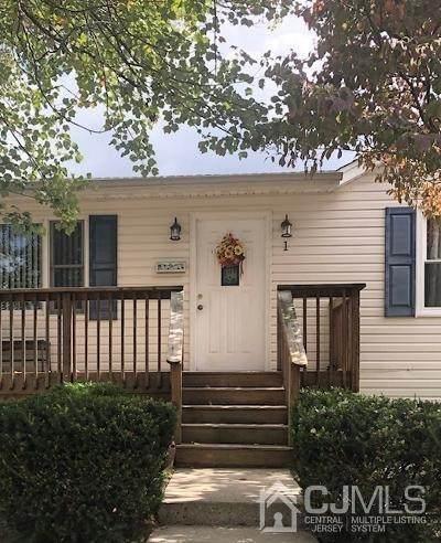 1 Walker Street, East Brunswick, NJ 08816 (MLS #2103620) :: The Dekanski Home Selling Team