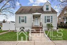 592 Garden Avenue, Woodbridge Proper, NJ 07095 (MLS #2109687) :: William Hagan Group