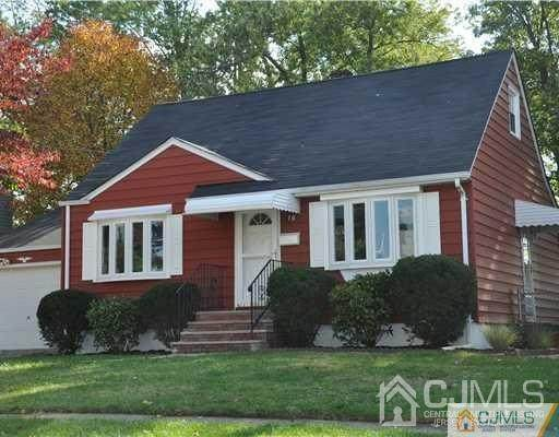 10 Putnam Avenue, Edison, NJ 08817 (MLS #2115422R) :: RE/MAX Platinum