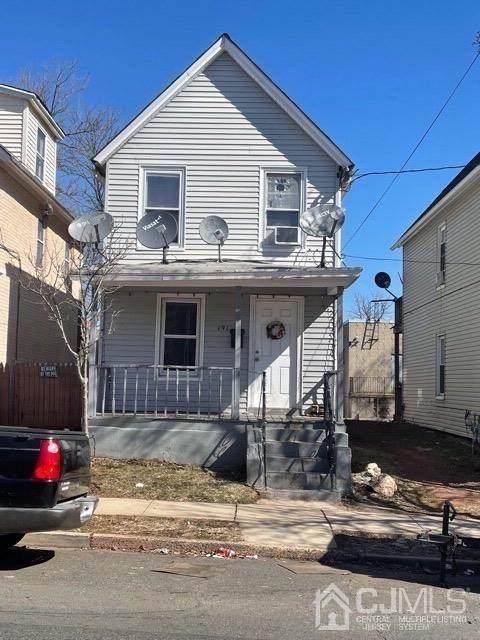 191 Comstock Street, New Brunswick, NJ 08901 (MLS #2116657R) :: The Sikora Group