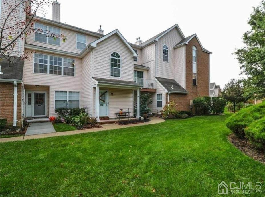 415 Plymouth Road - Photo 1