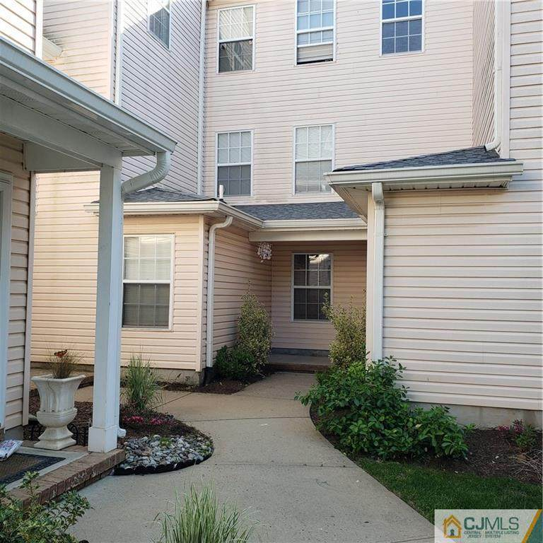 521 Plymouth Road - Photo 1