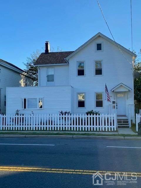 186 Buckelew Avenue - Photo 1