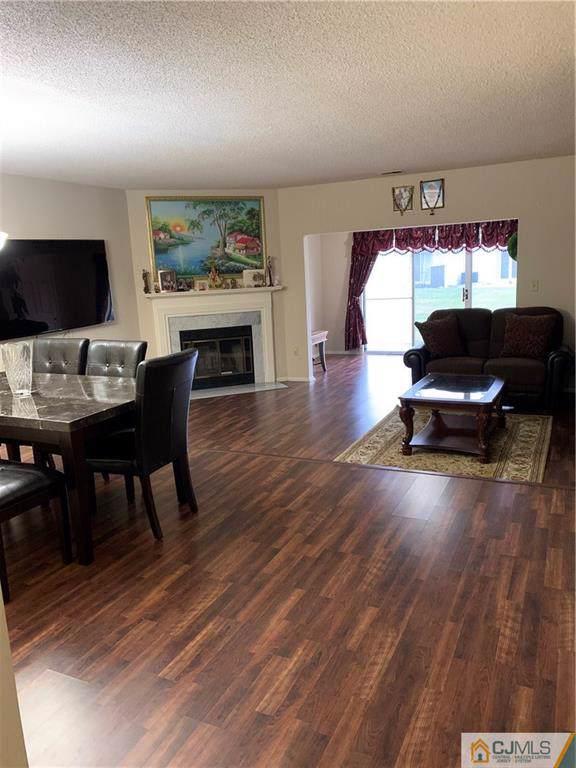 12 Bristol Drive, North Brunswick, NJ 08902 (MLS #2008004) :: Vendrell Home Selling Team