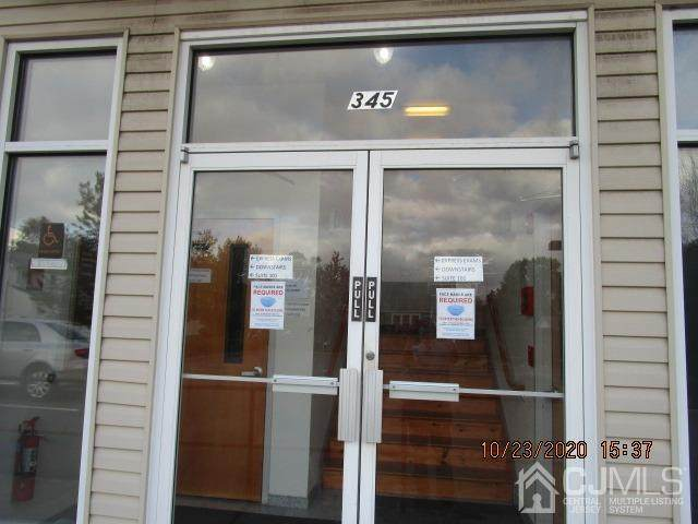 345-347 Plainfield Avenue - Photo 1