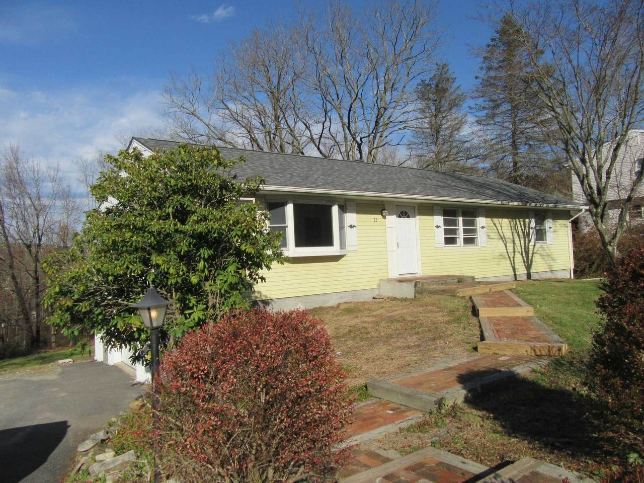 32 Meadow Ct - Photo 1