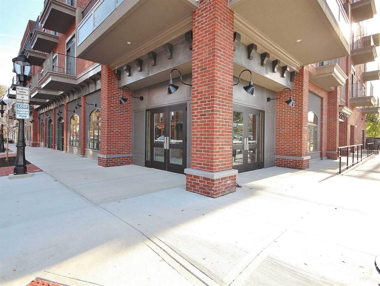 249 Main-Retail 102 St - Photo 1