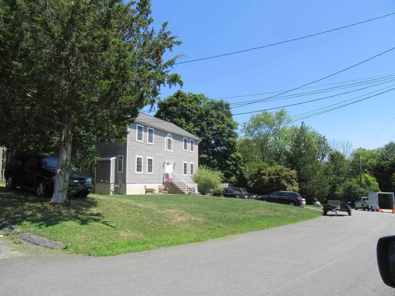 33 Cumberland Rd - Photo 1