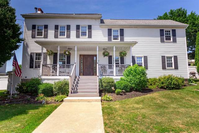 7 Main St, Poughkeepsie Twp, NY 12590 (MLS #385954) :: The Home Team
