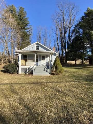 6 Gardner Hollow Rd, Beekman, NY 12603 (MLS #389037) :: The Home Team