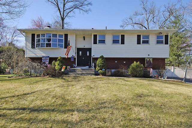 4 Bell-Air Ln, Wappinger, NY 12590 (MLS #389488) :: The Home Team