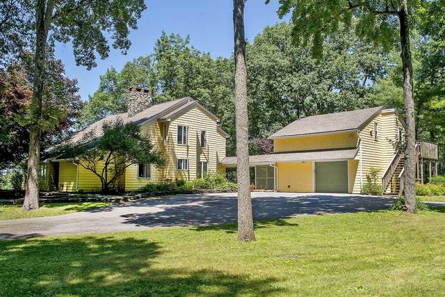 11 Hollow Crest Lane, Pleasant Valley, NY 12578 (MLS #389672) :: The Home Team