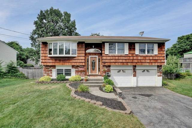 42 Sutton Park Rd, Poughkeepsie Twp, NY 12603 (MLS #393018) :: The Home Team