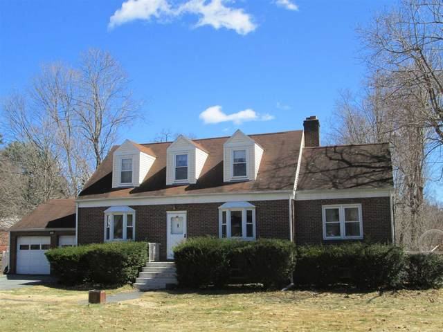663 Vassar Rd, Poughkeepsie Twp, NY 12603 (MLS #394588) :: The Home Team