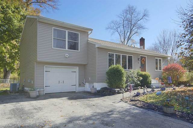 2 Ridgewood Ter, Poughkeepsie Twp, NY 12603 (MLS #397543) :: The Home Team