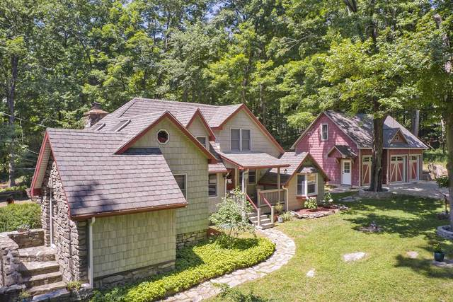 107 Meads Farm Road, East Fishkill, NY 12582 (MLS #400969) :: The Home Team