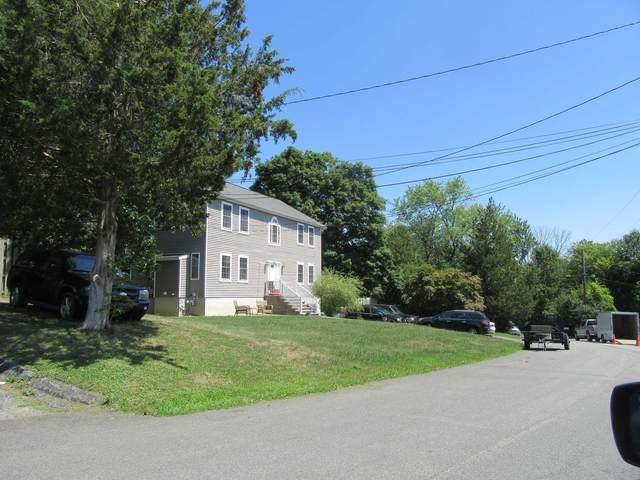 33 Cumberland Rd, Fishkill, NY 12524 (MLS #401165) :: Barbara Carter Team