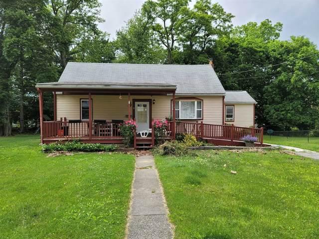 9 Priscilla Ln, Poughkeepsie Twp, NY 12601 (MLS #401247) :: The Home Team