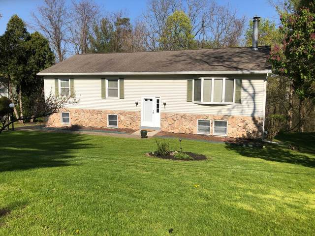 27 W Dogwood Dr, Poughkeepsie Twp, NY 12601 (MLS #400021) :: The Home Team