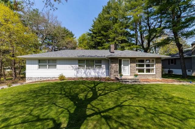16 Twin Hills Rd, Poughkeepsie Twp, NY 12603 (MLS #399997) :: Barbara Carter Team