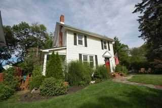 16 Lindbergh Pl, Poughkeepsie Twp, NY 12601 (MLS #400301) :: The Home Team