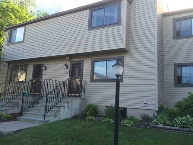 10 Squires Gate Unit B, Poughkeepsie Twp, NY 12603 (MLS #399911) :: The Home Team