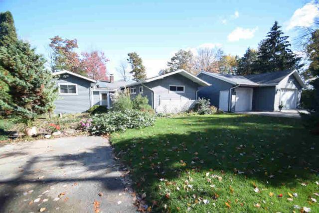 3220 N Lakeside, Sanford, MI 48657 (MLS #30910886) :: Bricks Real Estate Experts