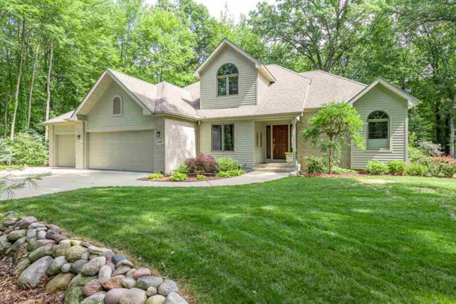 2560 N Ashwood Pass, Midland, MI 48642 (MLS #31351786) :: Bricks Real Estate Experts