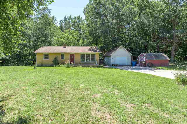 960 E Noyes Dr, Midland, MI 48640 (MLS #31357050) :: Bricks Real Estate Experts