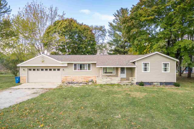 893 E Chippewa River Rd, Midland, MI 48640 (MLS #31363844) :: Bricks Real Estate Experts