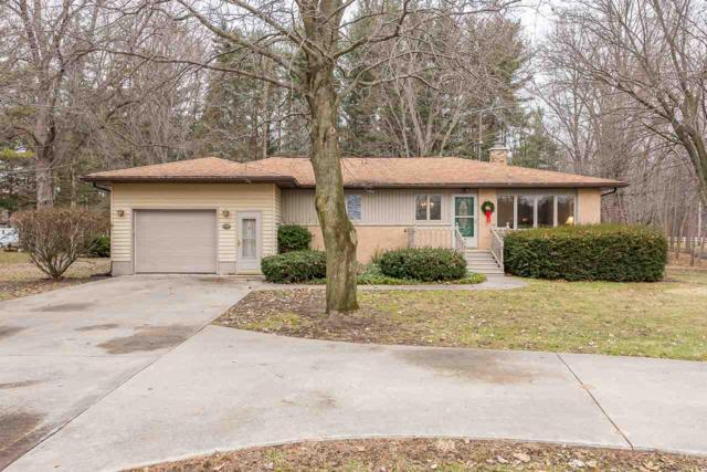 2871 E Blackhurst Rd, Midland, MI 48642 (MLS #31367813) :: Bricks Real Estate Experts