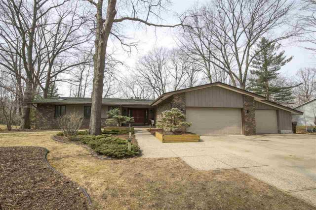 892 Crooked Tree Lane, Midland, MI 48640 (MLS #31375746) :: Bricks Real Estate Experts
