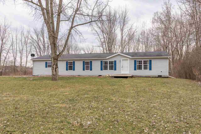 69 W Dague, Sanford, MI 48657 (MLS #31376115) :: Bricks Real Estate Experts