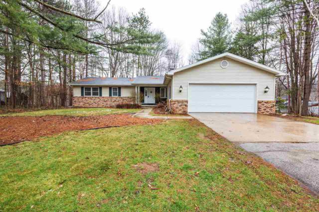 1028 Marilyn, Sanford, MI 48657 (MLS #31376966) :: Bricks Real Estate Experts