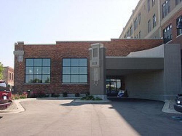 1111 N Water Street  #111, Bay City, MI 48708 (MLS #31379230) :: Bricks Real Estate Experts