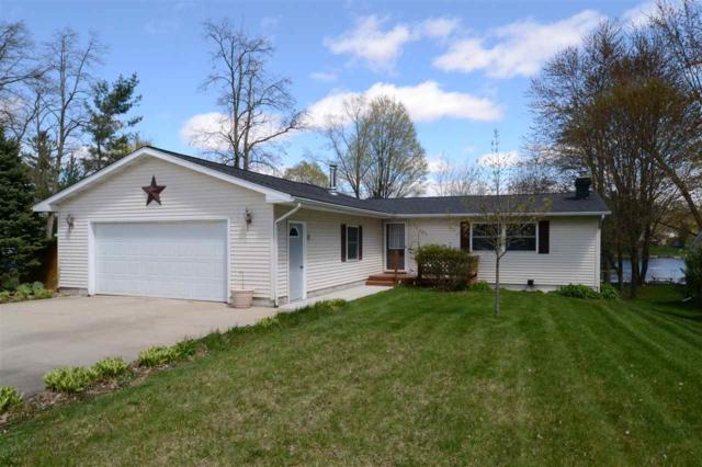 5566 N Merry Court, Sanford, MI 48657 (MLS #31379572) :: Bricks Real Estate Experts