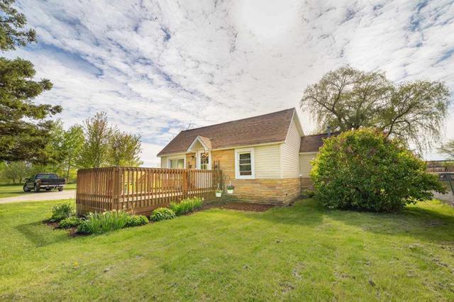2687 Kaiser Rd, Pinconning, MI 48650 (MLS #31380908) :: Bricks Real Estate Experts