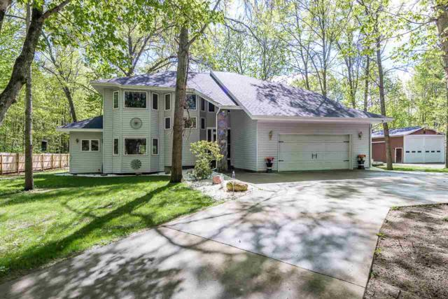 2910 N Five Mi, Midland, MI 48642 (MLS #31381135) :: Bricks Real Estate Experts