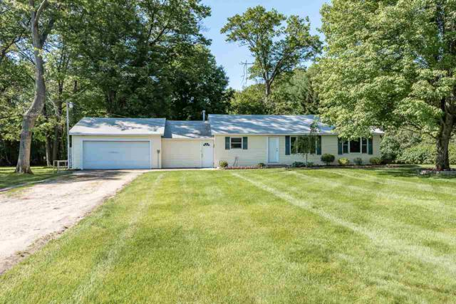 2613 W Isabella, Midland, MI 48640 (MLS #31382991) :: Bricks Real Estate Experts