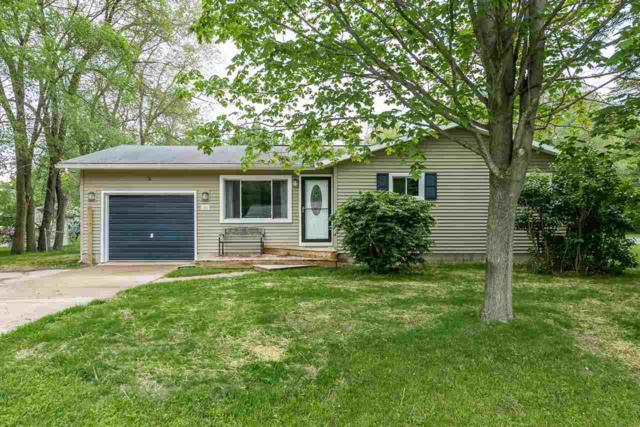 1006 W Marsh, Sanford, MI 48657 (MLS #31383174) :: Bricks Real Estate Experts