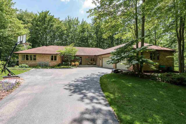2300 N Deer Valley Rd, Midland, MI 48642 (MLS #31383219) :: Bricks Real Estate Experts