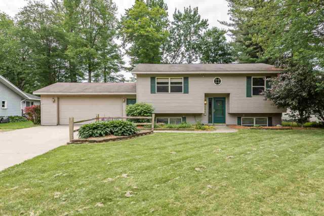 3421 Cedar St, Midland, MI 48640 (MLS #31383629) :: Bricks Real Estate Experts