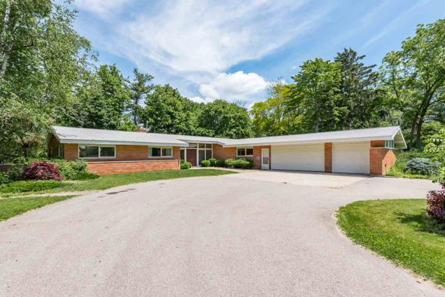 3239 E Bullock Creek Dr, Midland, MI 48640 (MLS #31384521) :: Bricks Real Estate Experts