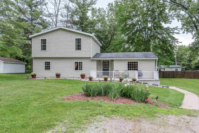 561 W Wixom St, Sanford, MI 48657 (MLS #31384768) :: Bricks Real Estate Experts