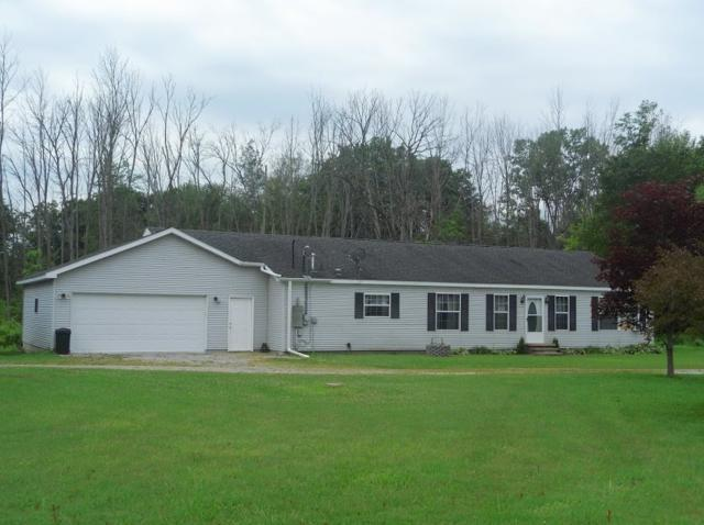 5015 W Berry Rd, Sterling, MI 48659 (MLS #31386994) :: Bricks Real Estate Experts