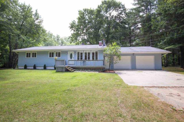 815 W Gage Dr, Sanford, MI 48657 (MLS #31388197) :: Bricks Real Estate Experts