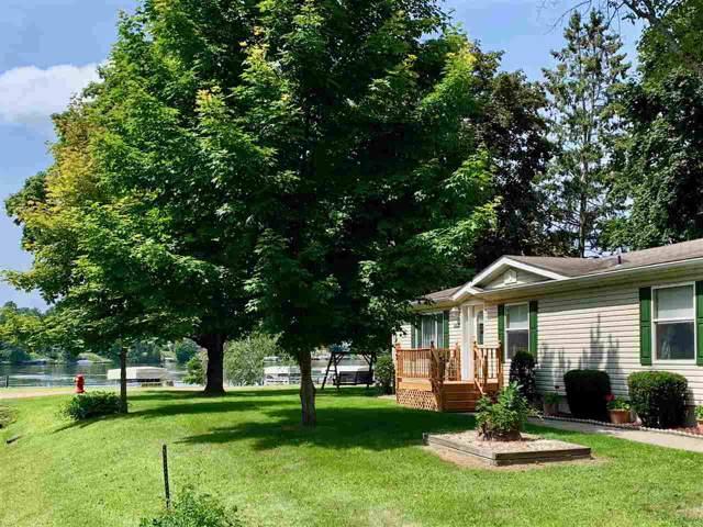 592 W Dorr Rd, Sanford, MI 48657 (MLS #31391926) :: Bricks Real Estate Experts