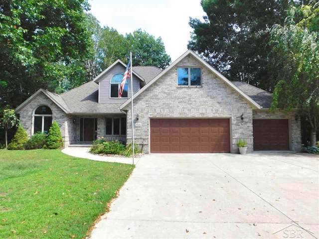 1915 Lake Circle, Saginaw, MI 48609 (MLS #31393406) :: Bricks Real Estate Experts